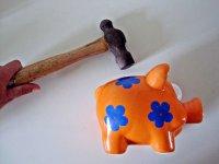 Pomarańczowa świnka skarbonka